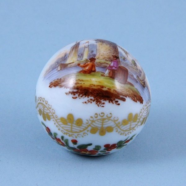 Dresden Porcelain 'Ball' Handle for a Parasol