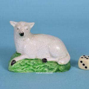 Staffordshire Pottery Sheep (af)