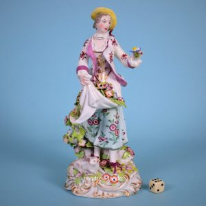 Chelsea Figure of a 'Dresden Shepherdess'