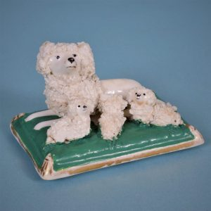 Staffordshire Poodle & Puppies (lid)