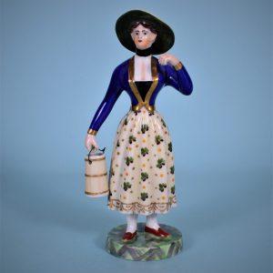 Worcester Milkmaid