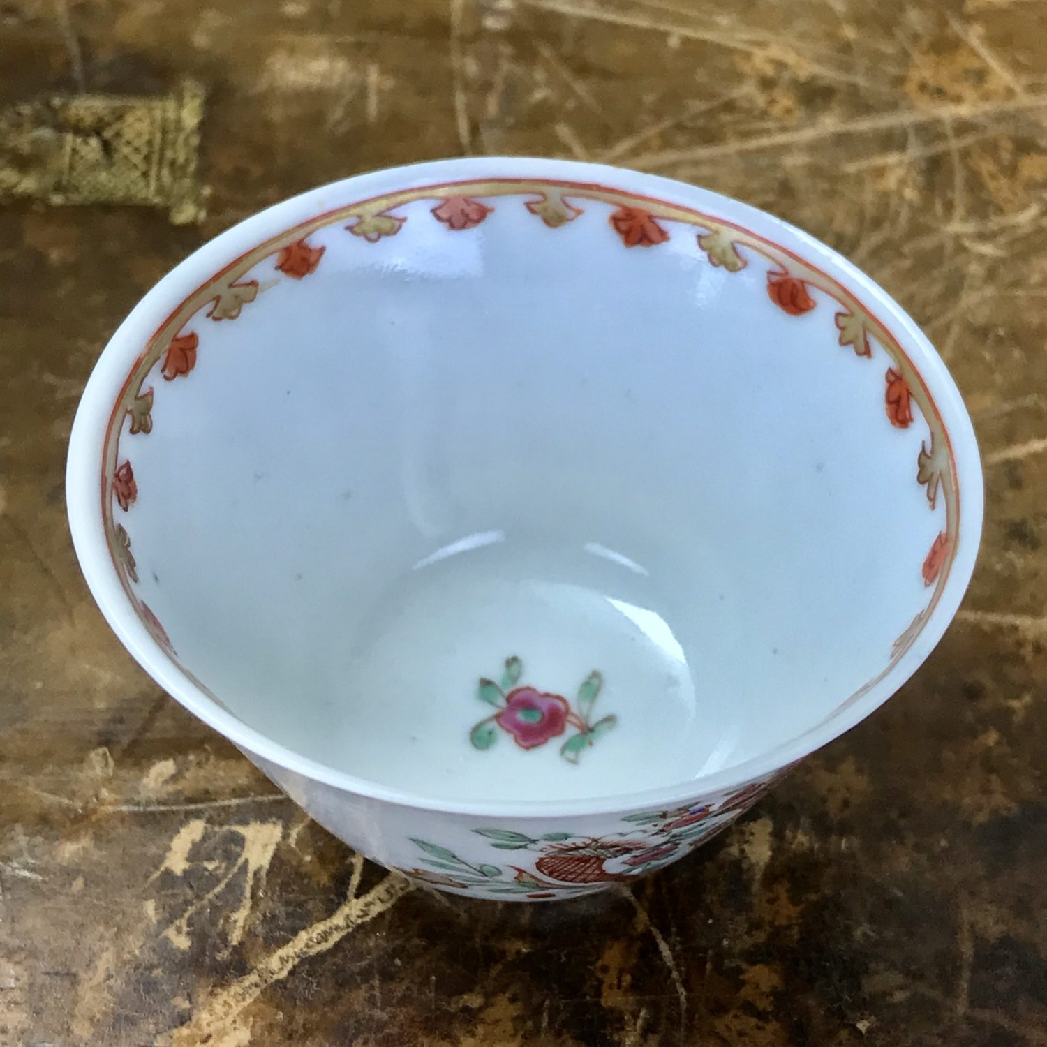 C18th Chinese Export Porcelain Teabowl, Dutch Decorated.