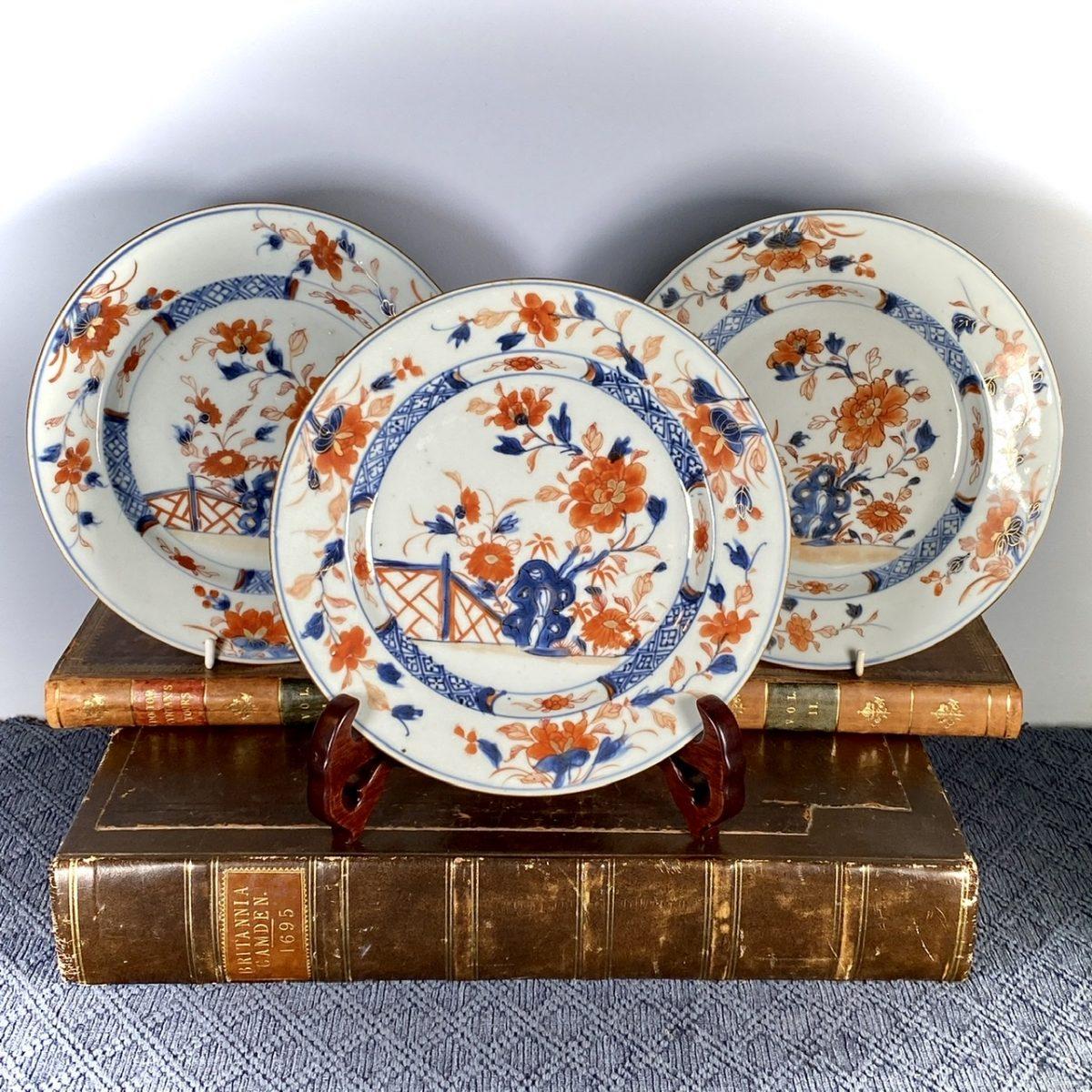 3 C18th Chinese Imari Plates