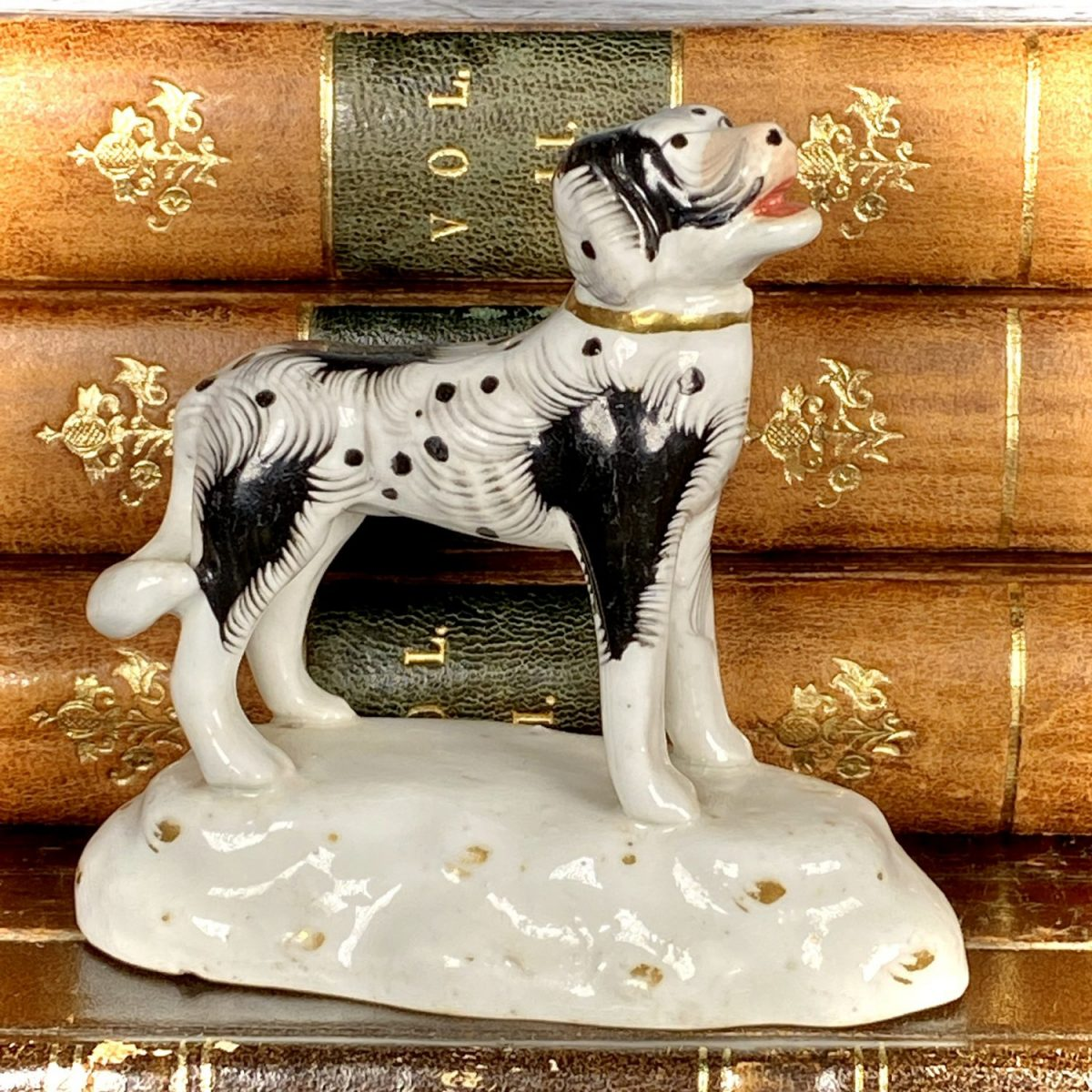 Staffordshire Miniature Model of a Newfoundland